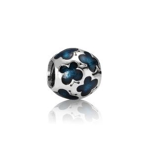 NEW Pandora RETIRED Butterfly Turquoise Charm